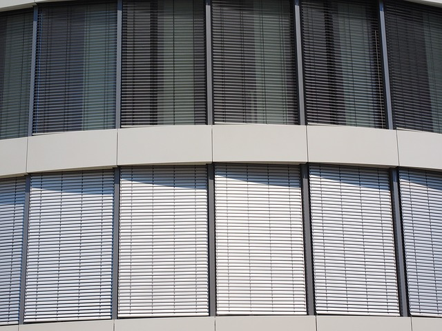 okenice domu