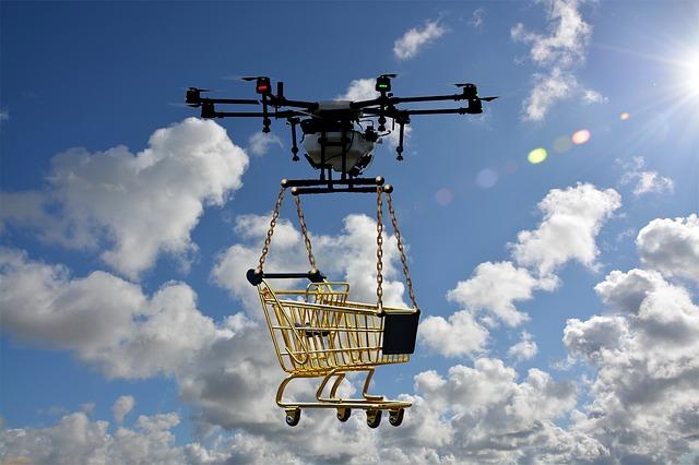 dron s košíkem